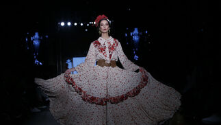 <p>Desfile de Javier Mojarro en We Love Flamenco 2020</p><br>