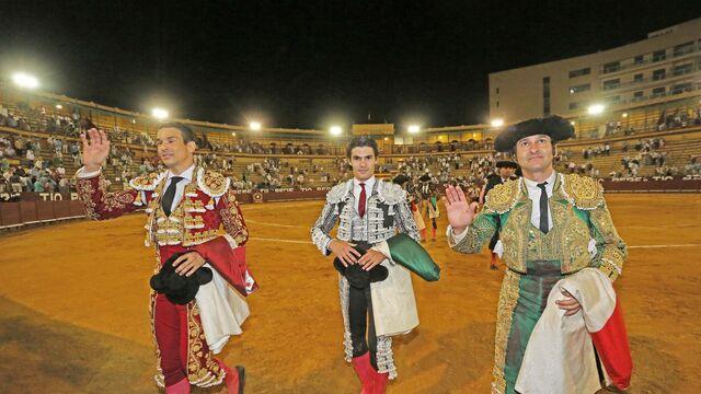 Una foto de Morante cada día - Página 4 Triunfo-Morante-segundo-toros-Jerez_1595251101_141742704_640x360
